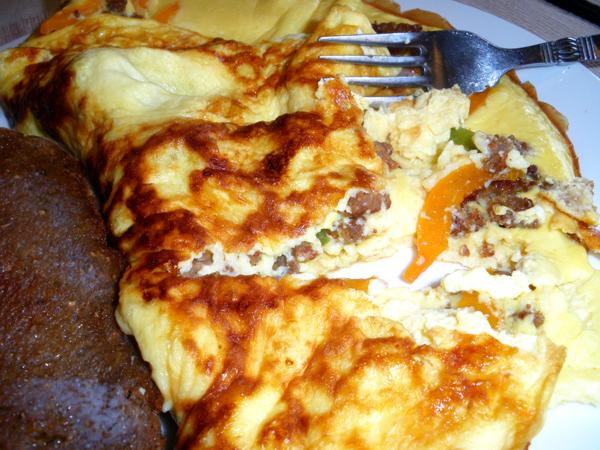 Sausage and Pepper Omelet (Low Carb)