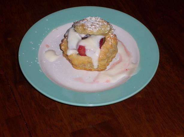 Strawberry Pastries with Lemon Cream