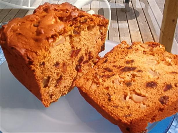 Apple and Date Loaf