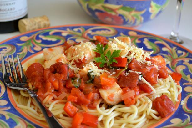Angel Hair Pasta With Tomato-Scallop Sauce