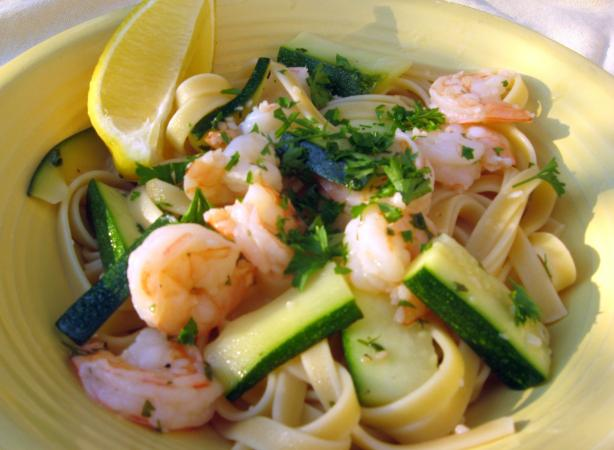 Olive Garden Fettuccine With Shrimp & Zucchini