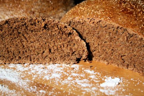 Serbian Pumpernickel Bread