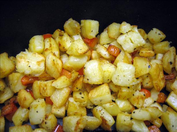 Pan-Browned Potatoes With Red Pepper and Whole Garlic