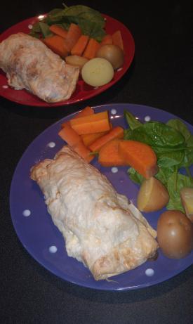 Greek Chicken and Feta Phyllo Bundles