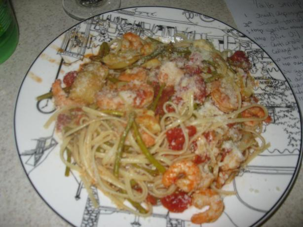 Shrimp With Pasta, Asparagus, Artichoke & Diced Tomatoes