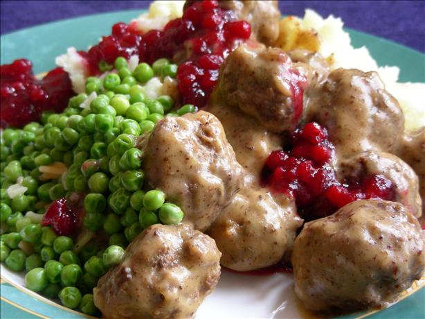 Swedish Meatballs With Lingonberry or Cranberry Sauce
