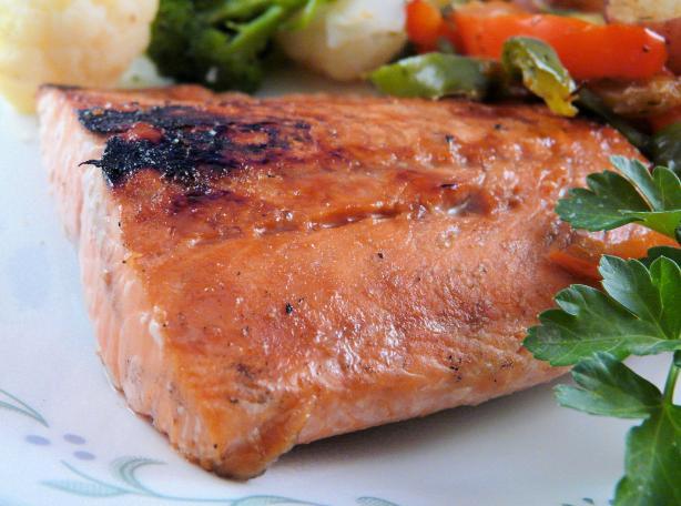 Grilled Honey-Balsamic Salmon