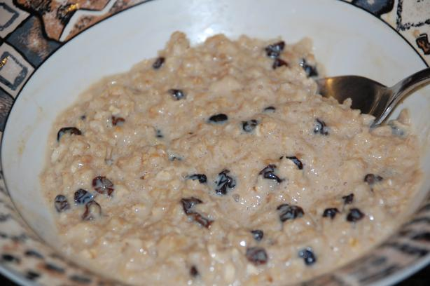 Chai & Raisin Oatmeal (Porridge)