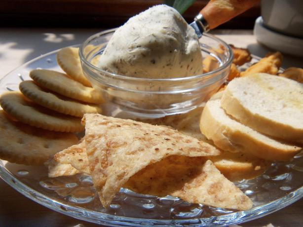 Garlic and Herb Cream Cheese (France)