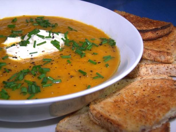 Roasted Pumpkin Soup With Roasted Garlic