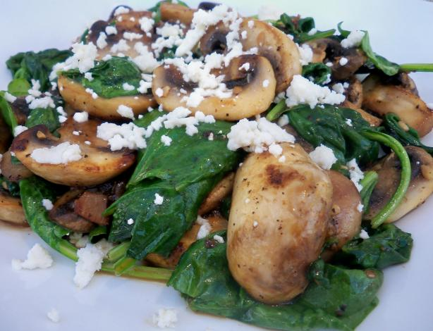Sauteed Spinach With Mushrooms and Garlic