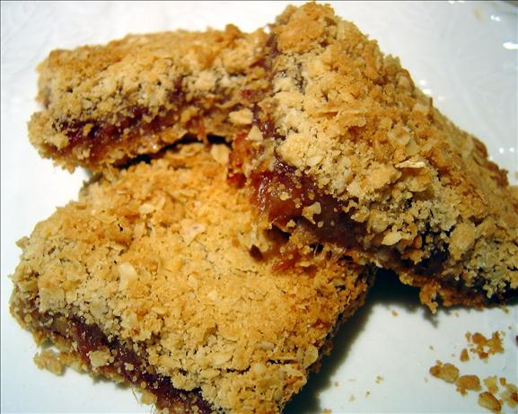 Date Filled Oatmeal Bars