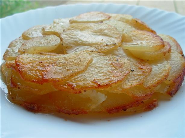 Classic Pommes Anna - Simple French Gratin Potato Cake