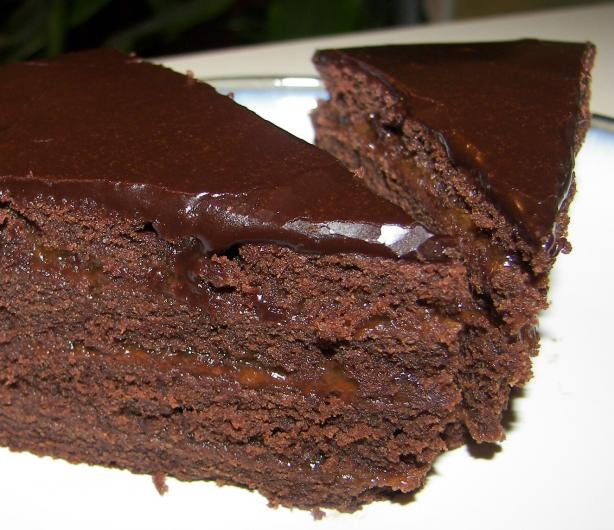 Dark Chocolate Fudge Cake