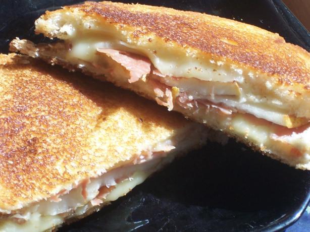 William-Sonoma's Grilled Fontina Sandwiches With Prosciutto and