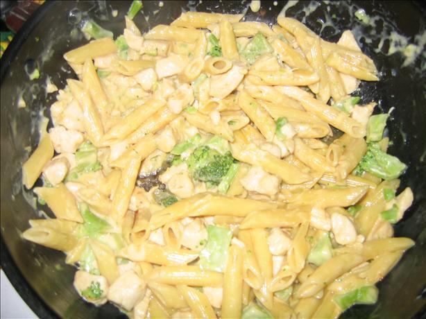 Cheesy Chicken & Broccoli Macaroni
