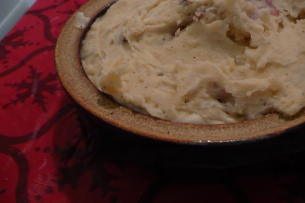 Crock Pot Garlic Smashed Red Potatoes