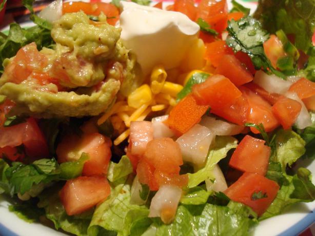 """""""chipotle"""" Style Chicken Burrito Bowls"""