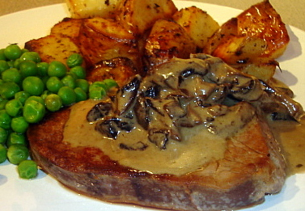 Beef Fillets With Stilton Portabella Sauce