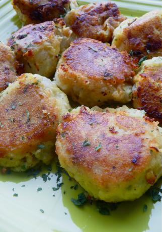 Potato Cakes With Tuna Filling (Batata Charp)