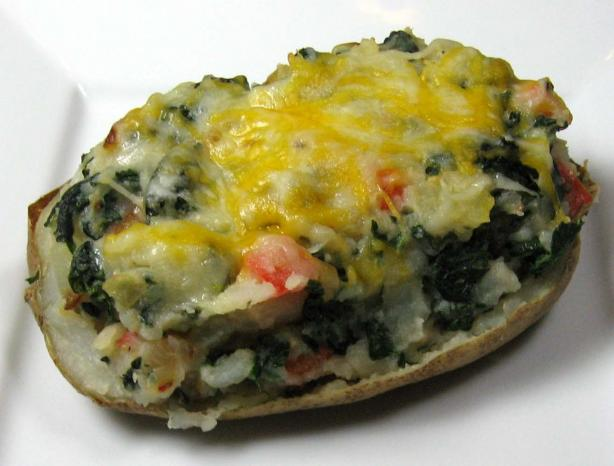 Stuffed Potatoes With Kale and Red Pepper