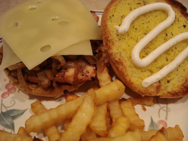 Awesome Garlic Chicken Sandwich !