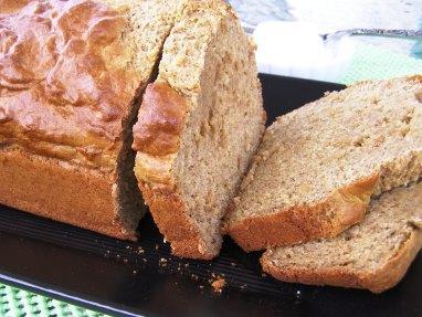 Fat-Free, Sugar-Free & Cholesterol-Free Banana Bread!