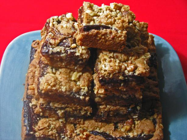 Chocolate Filled Walnut-Oatmeal Bars
