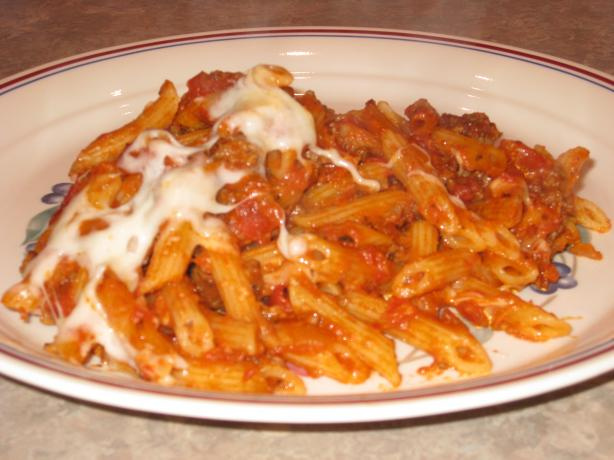 Baked Penne With Ground Beef and Tomato Sauce