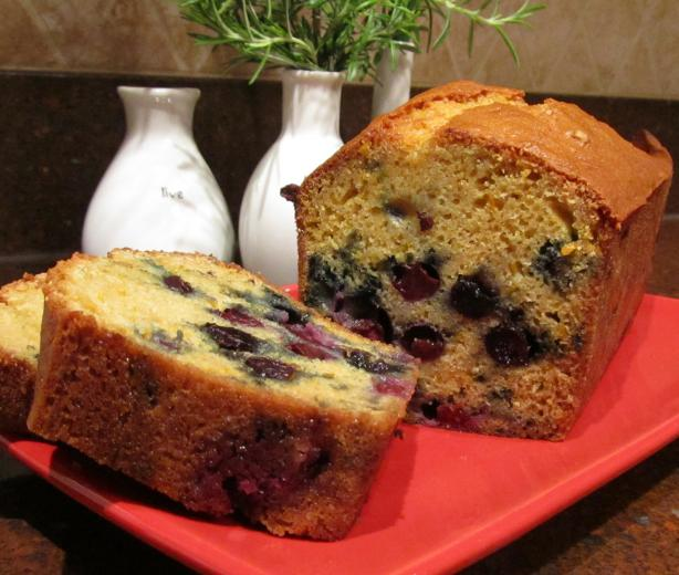 Dutch Bosbessen Brood (Blueberry Bread)