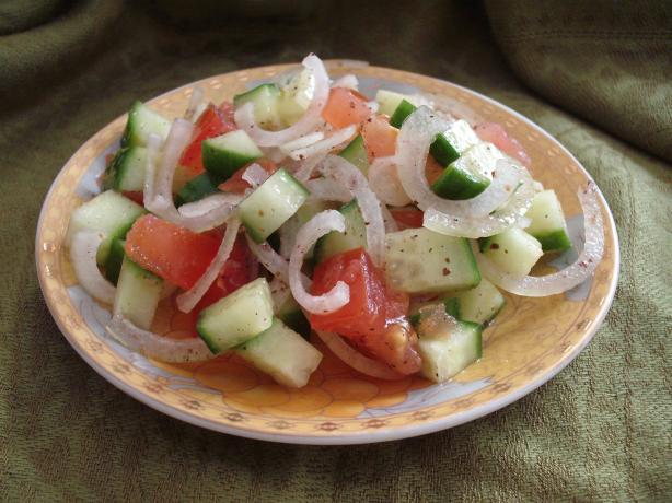 Iraqi 'summag' Salad - Sumac Salad.