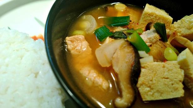 Kimchi Jjigae (Korean Kimchi Soup)