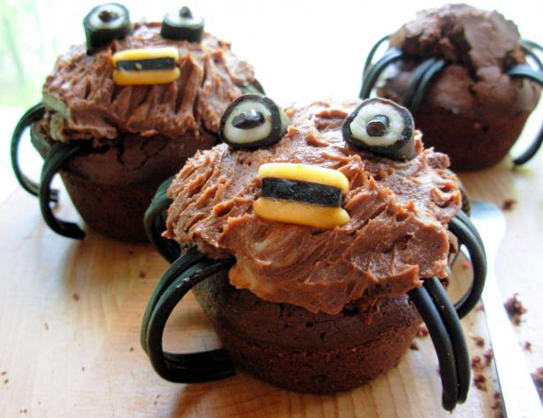 Spooky Spider Cupcakes/Muffins for a Howling Halloween!