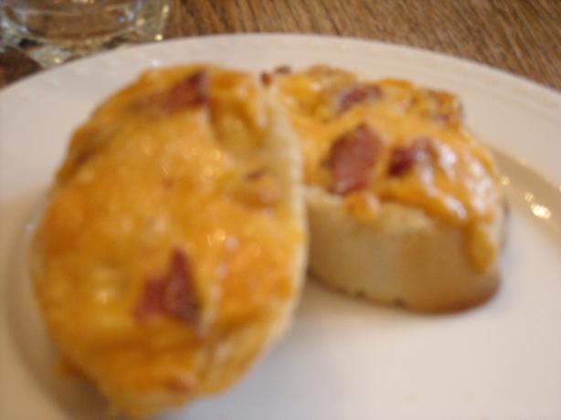 Fast Cheddar Bacon Bruschetta