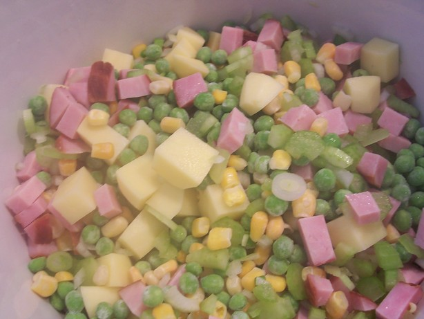 Awesome Ham, Pea and Potato Soup