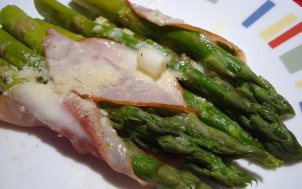 Baked Asparagus Parcels