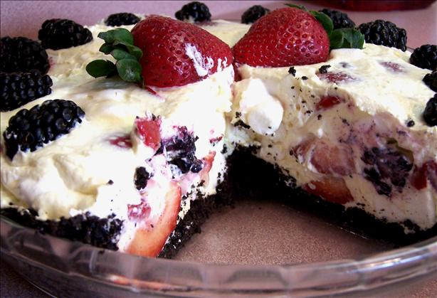 Berry Good Creamy Cheese Pie