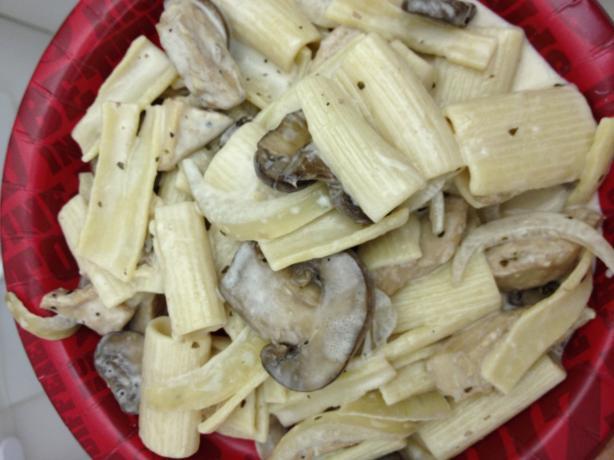 Carmela's Chicken Rigatoni (Copycat Romano's Macaroni Grill)