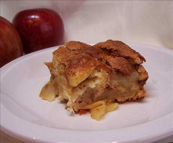 Carolyn's Apple Pudding Cake