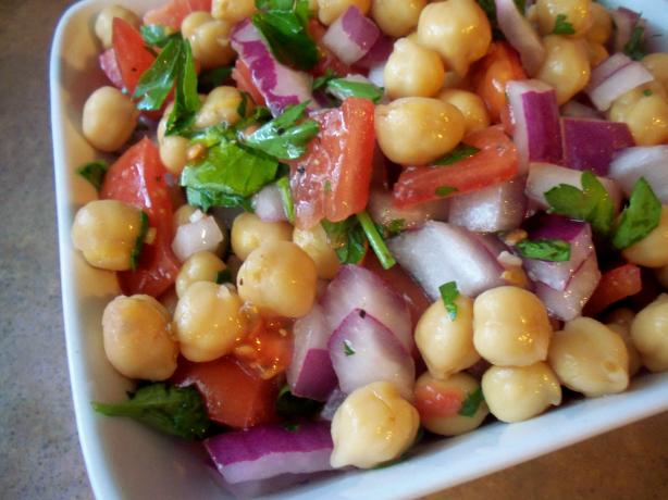 Auntie Bonnie's Chickpea Salad