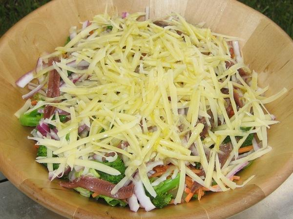 Ila's Salad With Lemon Garlic Dressing