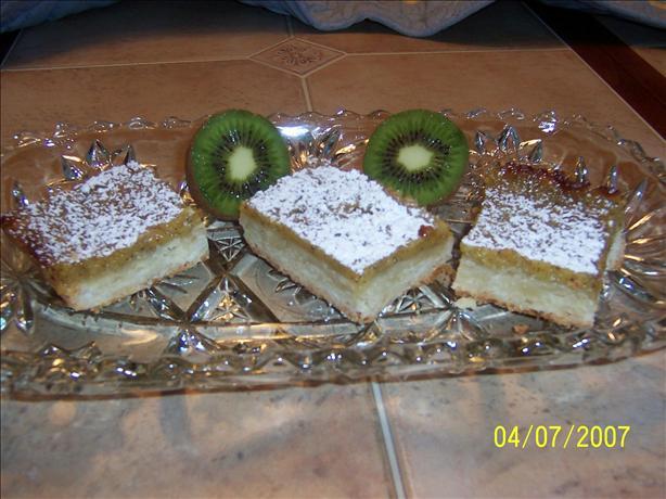 Kiwifruit Squares