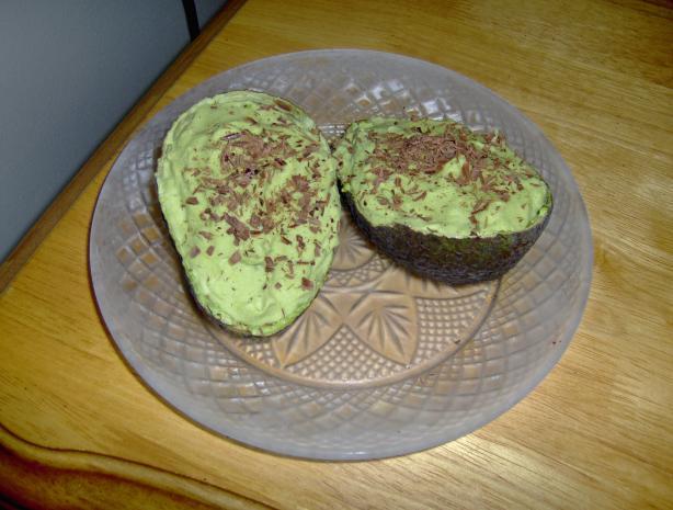 Eskrim Pokat (Avocado Whip Dessert)