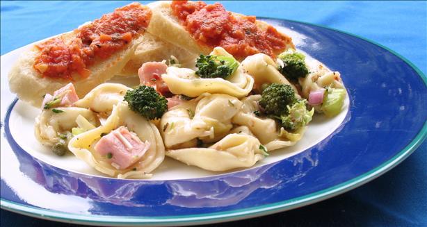 Bkwitch's Tortellini Salad
