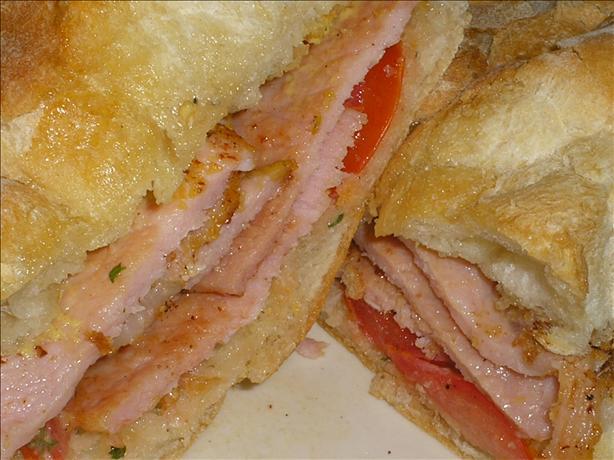 Perky Peameal Bacon Sandwich