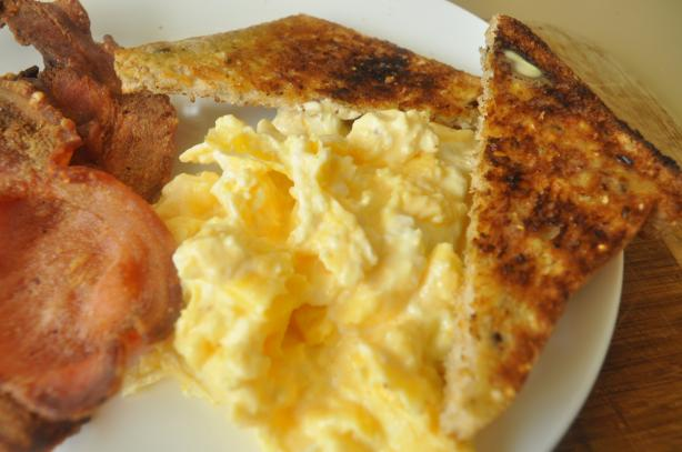 Low Gi Creamy Scrambled Eggs