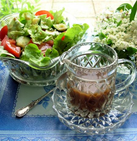 Fantastique Jam Jar French Dressing - With a Twist!