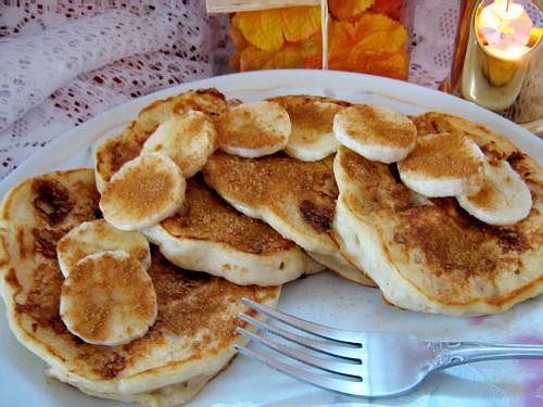 Barefoot Contessa's Banana Sour Cream Pancakes