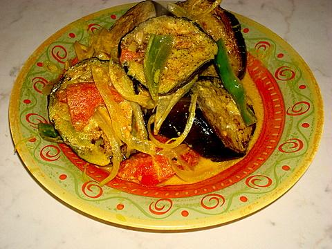 Aubergine (Eggplant) Curry (2)