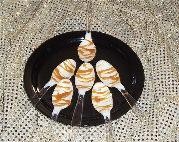 White Chocolate-Caramel Drizzled Spoons